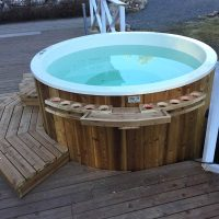 hot-tub-round-outside-14