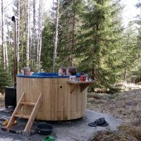 hot-tub-round-outside-7